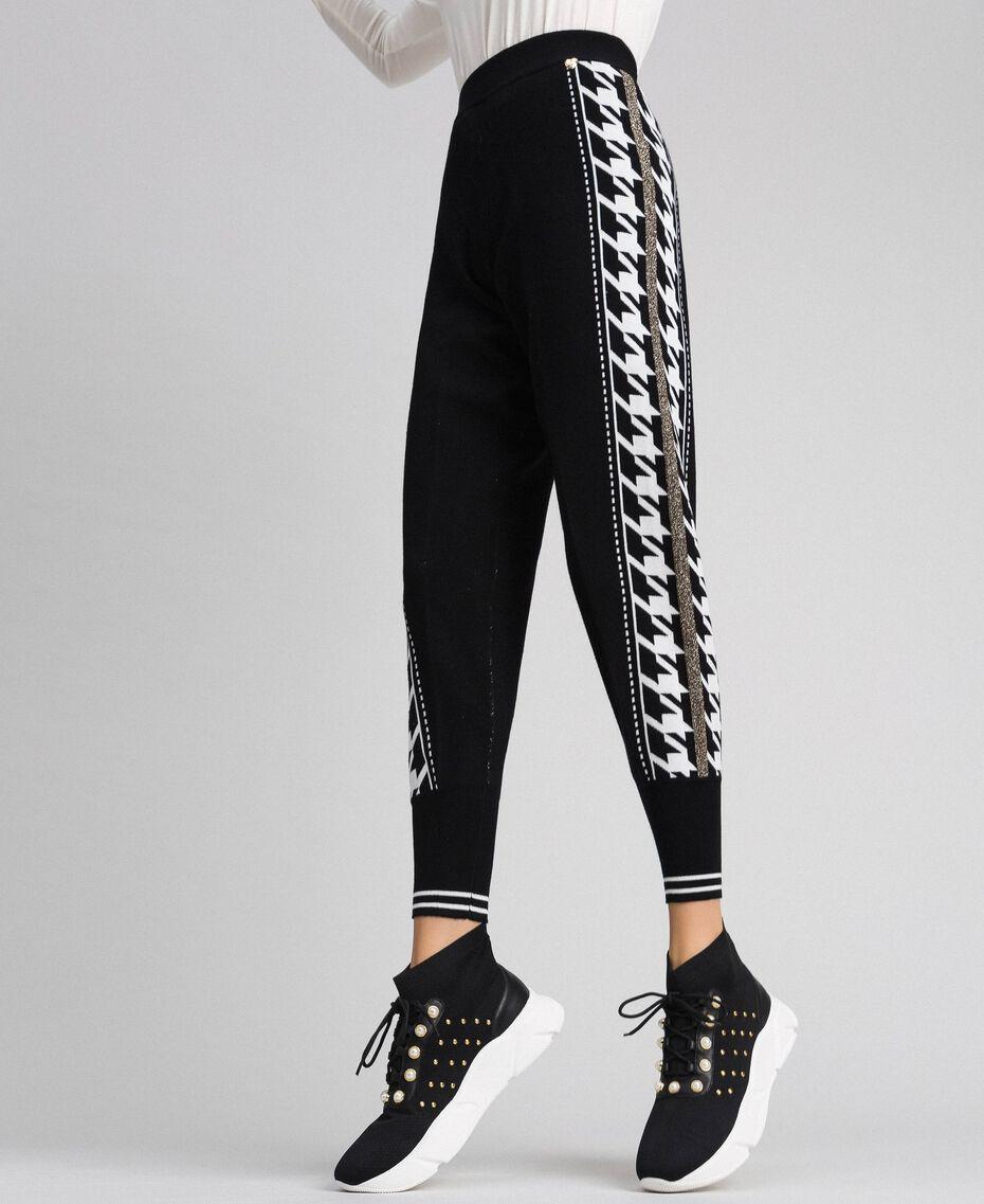 """Pantaloni jogging con bande laterali lurex Nero / Bianco """"Vaniglia"""" Donna 192MT3111-01"""