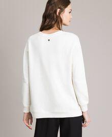 Maxi-Sweatshirt mit Aufdruck und Strasssteinen Mattweiß Frau 191ST2186-03