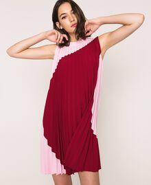 Robe en crêpe de Chine plissé Bicolore Rouge «Pourpre» / Rose «Bonbon» Femme 201ST2011-01