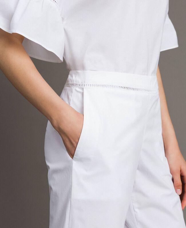 Pantalon en popeline avec broderies Blanc Femme 191TT2244-04