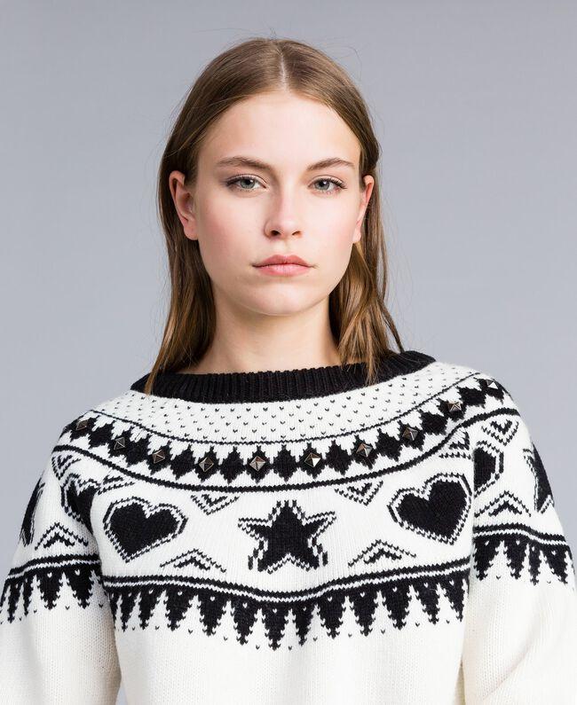 Pull jacquard avec clous Bicolore Blanc Nacre / Noir Femme JA83EA-01