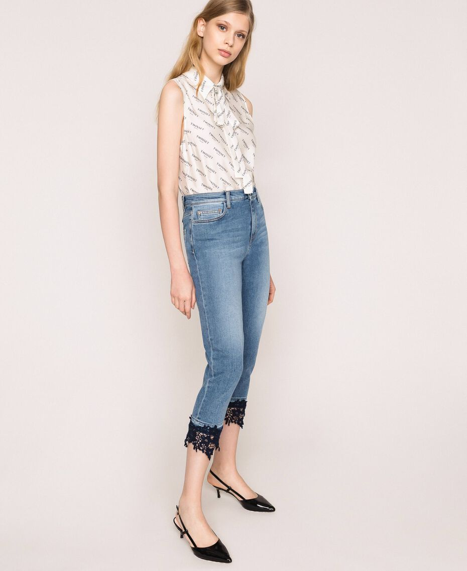 Cropped jeans with lace Denim Blue Woman 201MP227G-02
