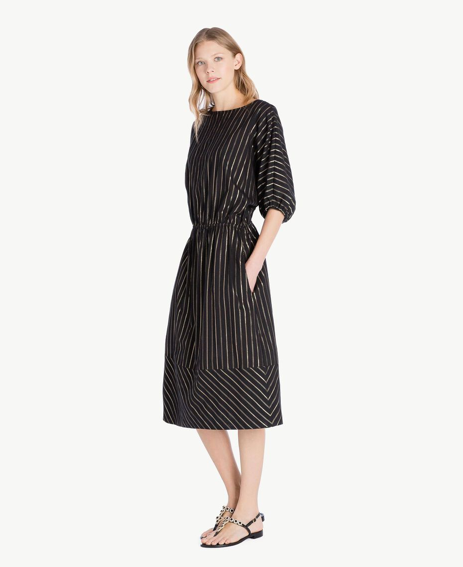 Kleid aus Jacquard Jacquard Schwarz / Goldene Streifen Frau TS82VC-02