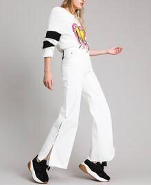 Wide-Leg-Jeans mit Schlitzen White Sahne Frau 191MP2500-01