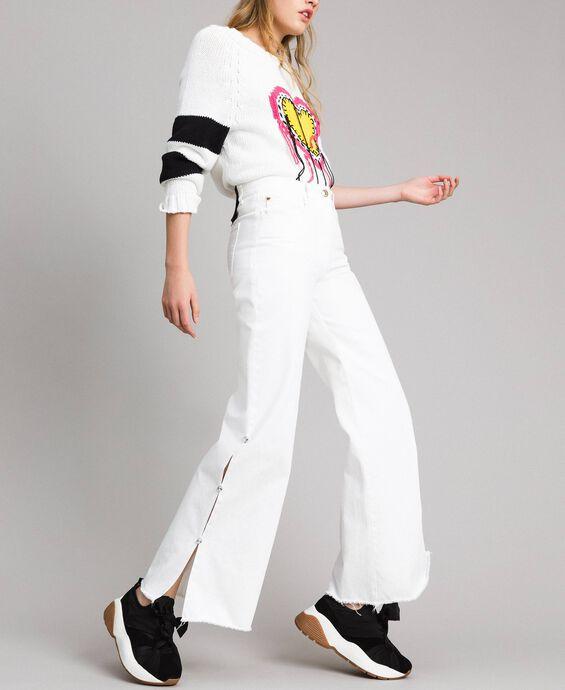 Wide-Leg-Jeans mit Schlitzen