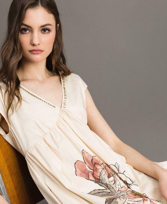 Vestido de popelina con estampado y tachuelas