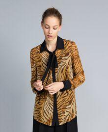 Camisa de gasa de seda estampada Estampado Tigre Mujer TA8252-04