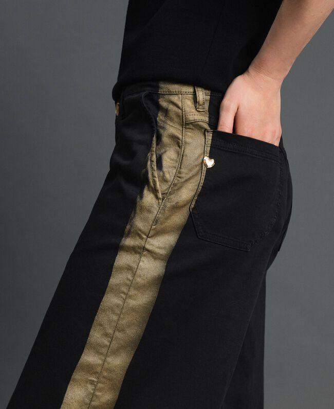 Wide-Leg-Hose mit Seitenstreifen Zweifarbig Schwarz / Gold Frau 192MP2410-01