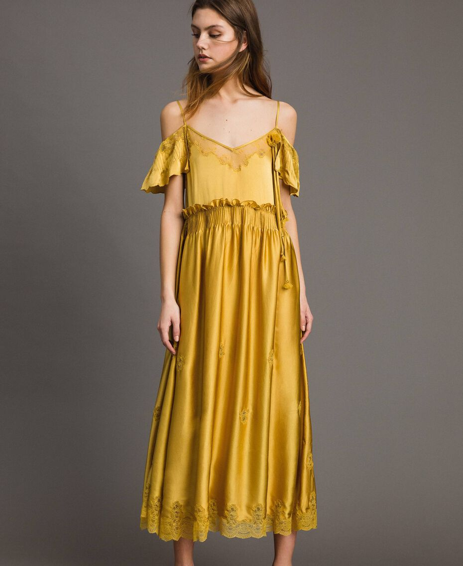 """Robe longue en satin de soie avec bordures en dentelle Or """"Miel Doré"""" Femme 191TT2011-02"""