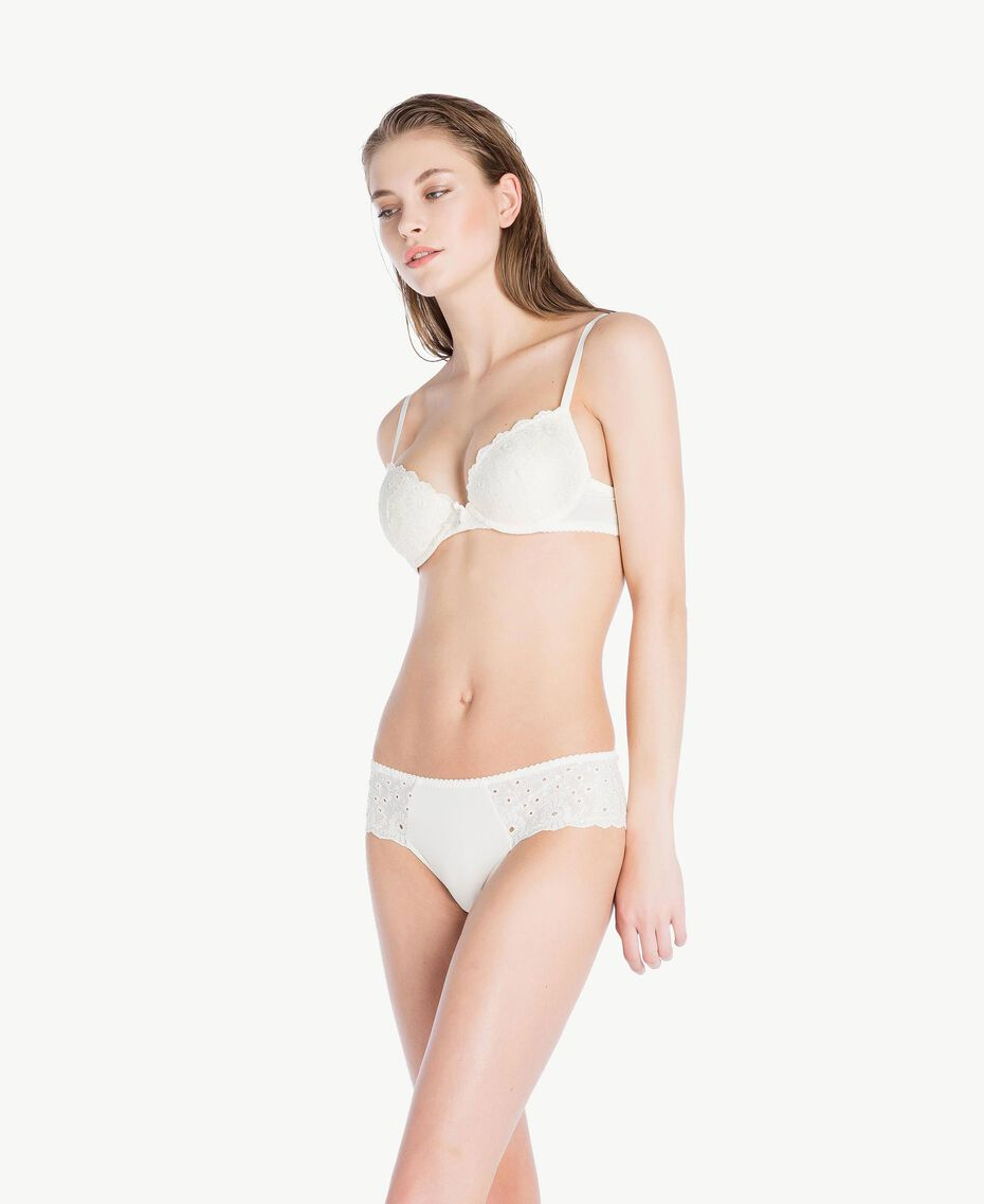 Broderie anglaise push-up bra (B cup) Ivory Woman LS8G44-02