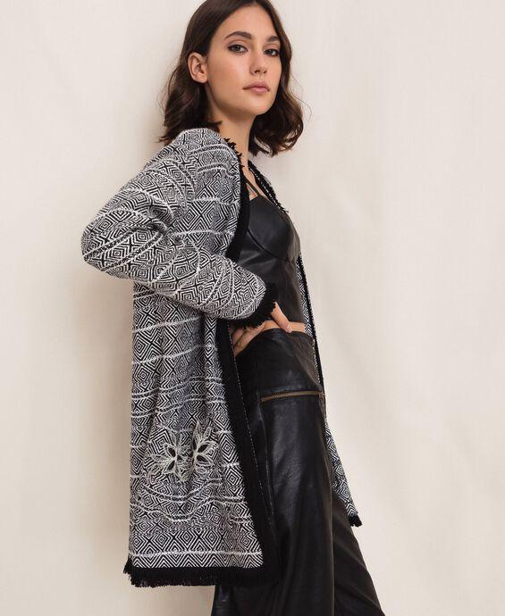 Giacca lunga in tweed con ricamo