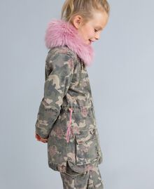 Parka in canvas stampato Stampa Camouflage Bambina GA82EA-03