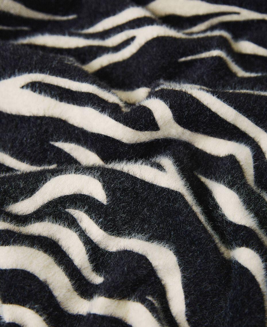 Écharpe avec imprimé animalier Imprimé Zébré Noir / Blanc Crème Femme 202MA4333-02