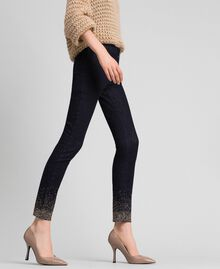 Jean skinny avec cristaux et clous Bleu Denim Femme 192MT2222-02