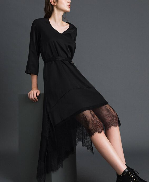 Satin dress with flounce and lace