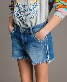 "Denim shorts with embroidery ""Mid Denim"" Blue Child 191GJ2481-0S"