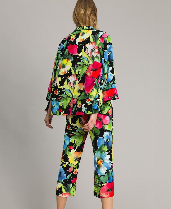 Marocain-Hose mit Blumenmuster Motiv Schwarzer Garten Frau 191TT2471-04