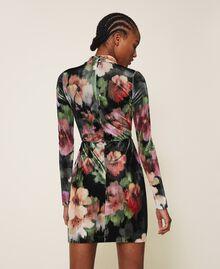 """Платье-футляр из бархата с цветочным принтом Принт Цветы Черный / Розовый """"Персиковая жемчужина"""" женщина 202TT2361-05"""