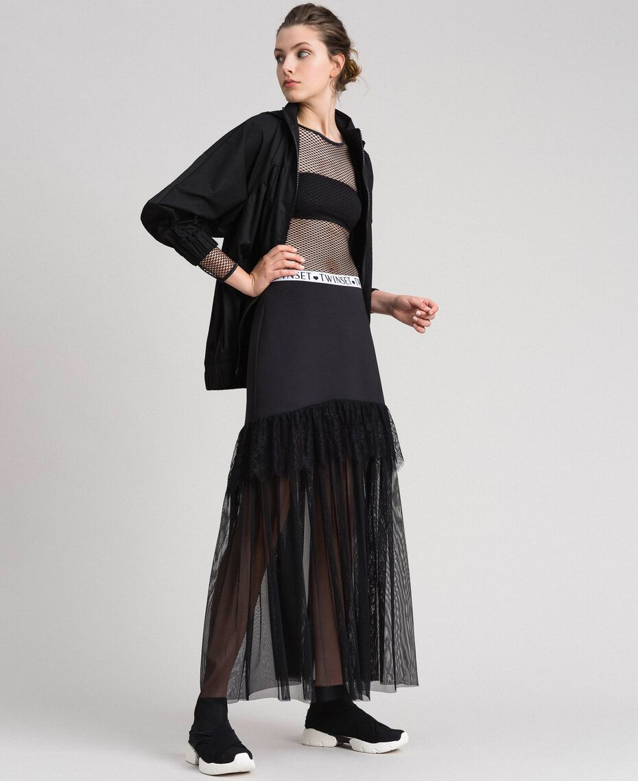 Chaussures de running avec perles et entrecroisement Noir Femme 192MCP068-0T