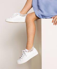 Sneakers in nappa con ricamo Bianco Bambina 201GCJ070-0S
