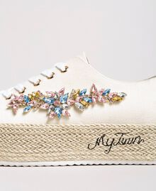 Sneakers mit Steinapplikation und Logo Porzellan Beige Frau 191MCP03A-03