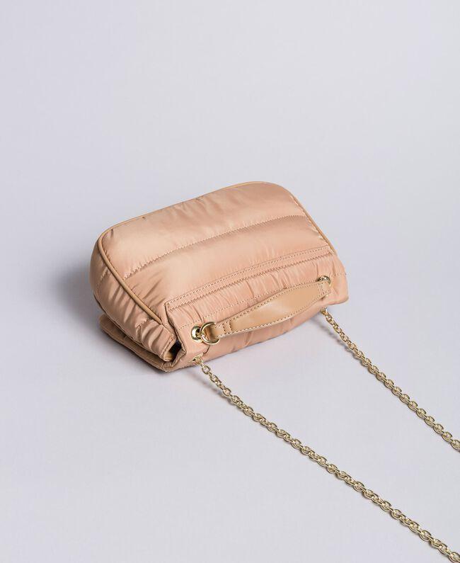 Umhängetasche aus Nylon mit Ketten und Charms Camel Frau AA8PFC-03