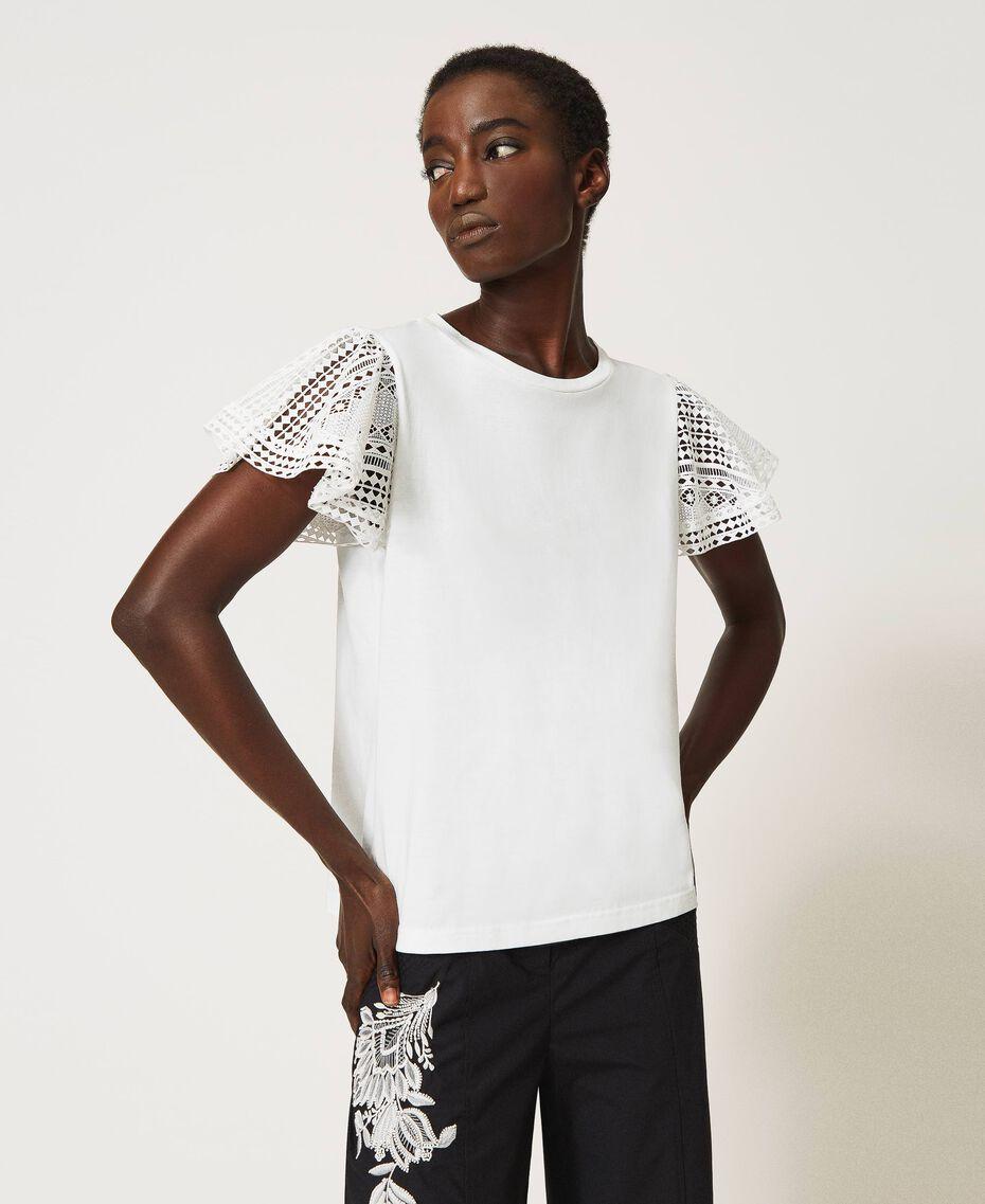 T-Shirt mit Spitzenärmeln Weiß Frau 211TT222A-02