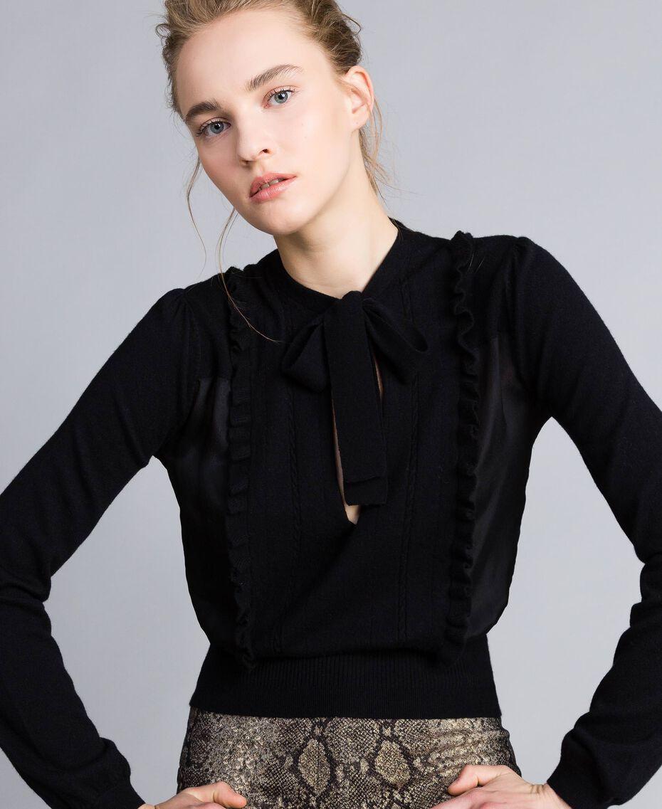 Pullover aus Wolle und Kaschmir Schwarz Frau PA83AN-01