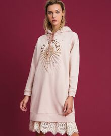 Oversize sweatshirt with print in front Bud Pink Woman 192TT2130-02