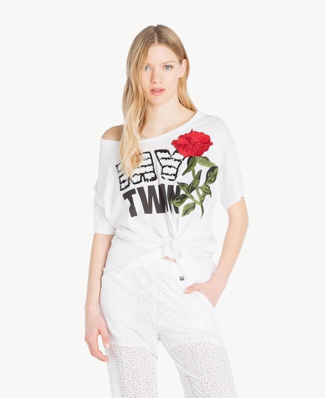 Maxi-T-Shirt mit Stickerei Weiß Frau YS825F-01