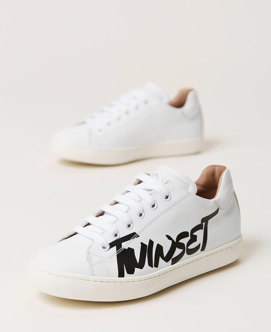 Sneakers aus Leder mit Logo Mattweiß Kind 211GCJ050-01