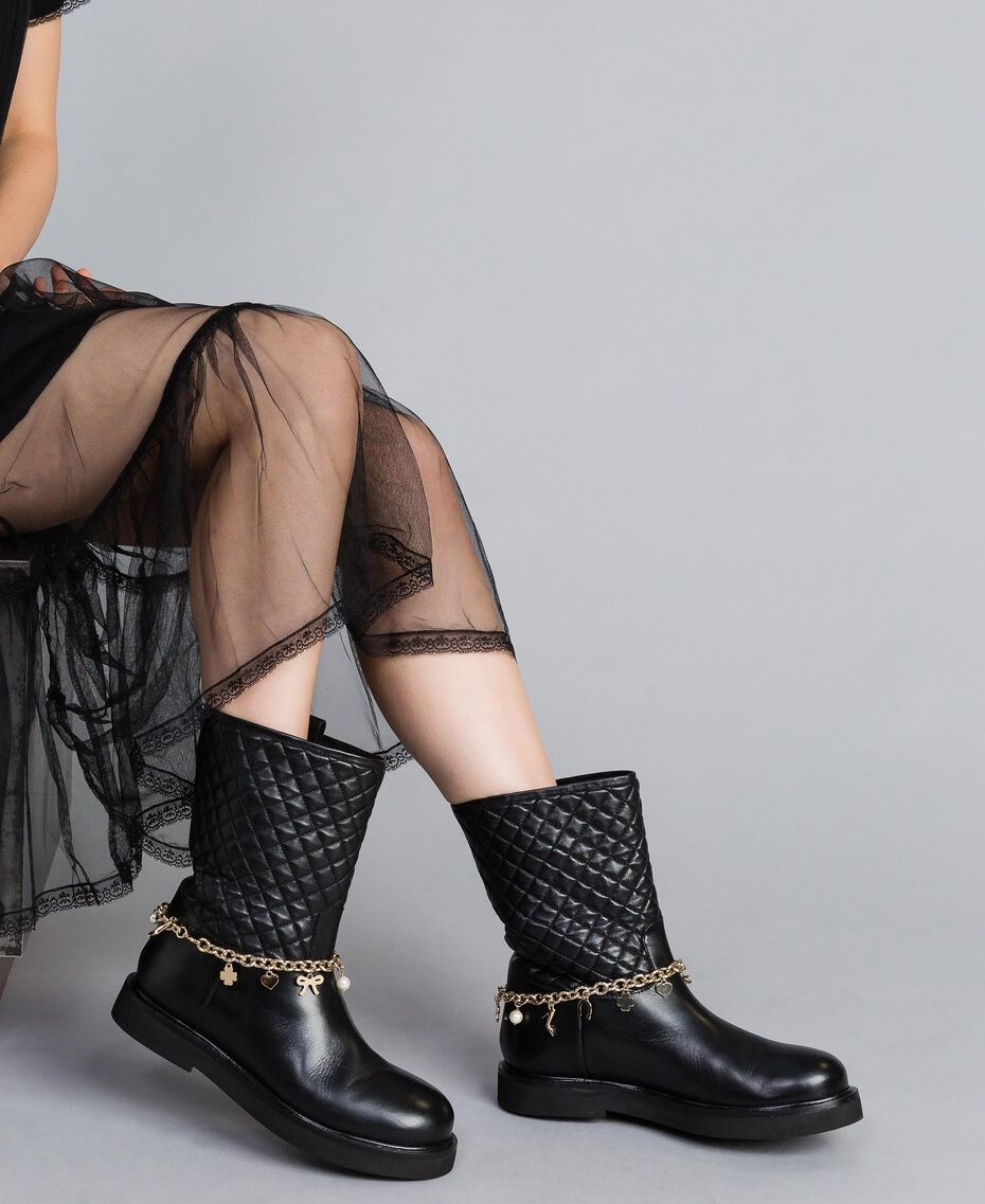 Leather boots with charm chain Black Woman CA8PLW-0S