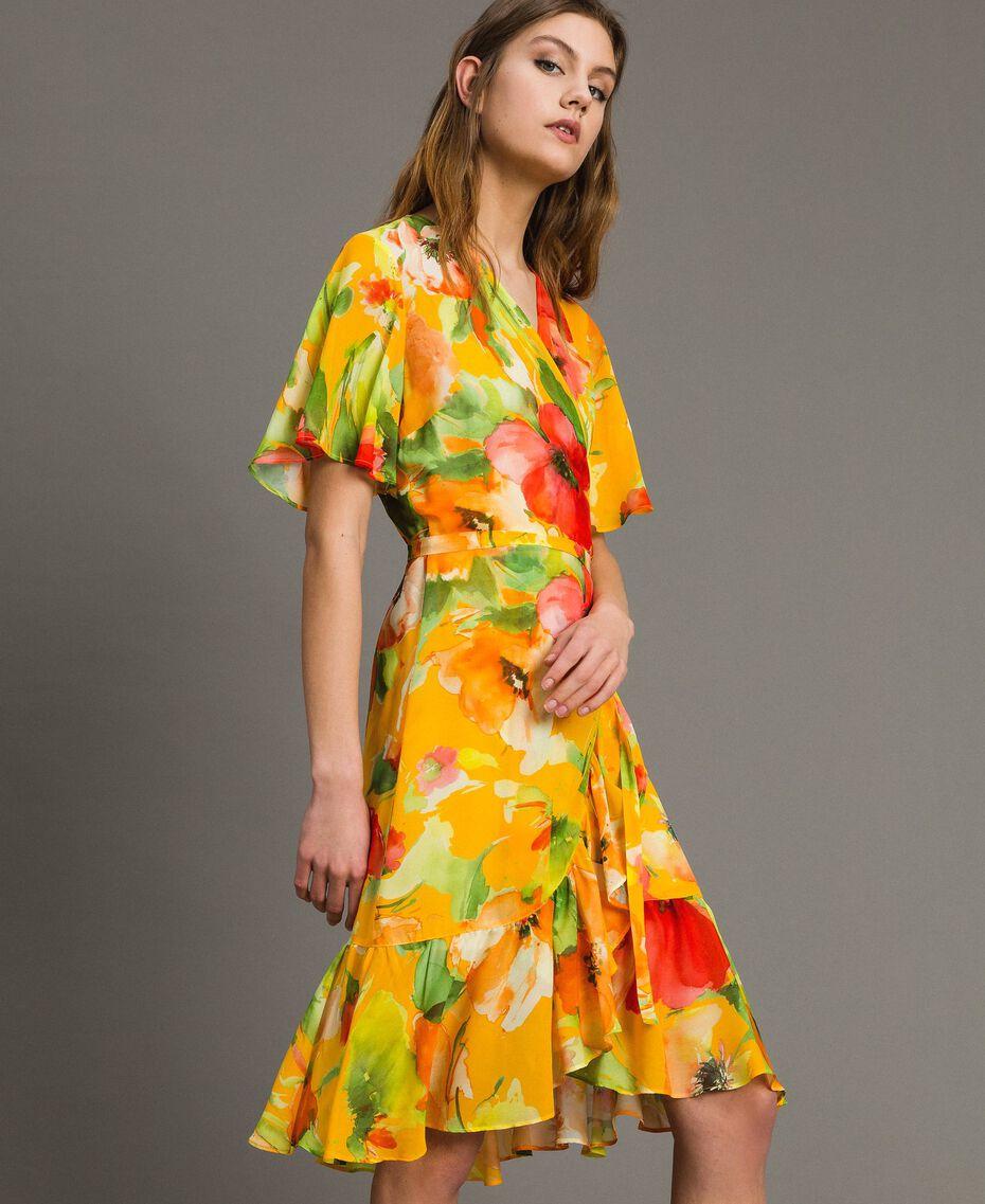 Georgette-Kleid mit Blumenmuster Motiv Gelbe Macro Blumen Frau 191TT2482-02