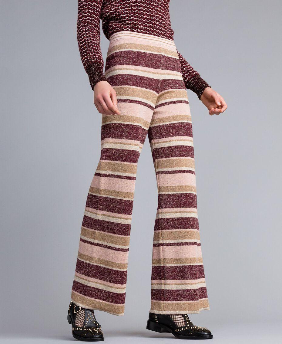 Pantalon palazzo rayé en lurex Multicolore Rose / Bordeaux Femme PA832Q-02
