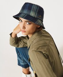 Check print hat Mid Blue Check Print Woman 202MA4371-0S