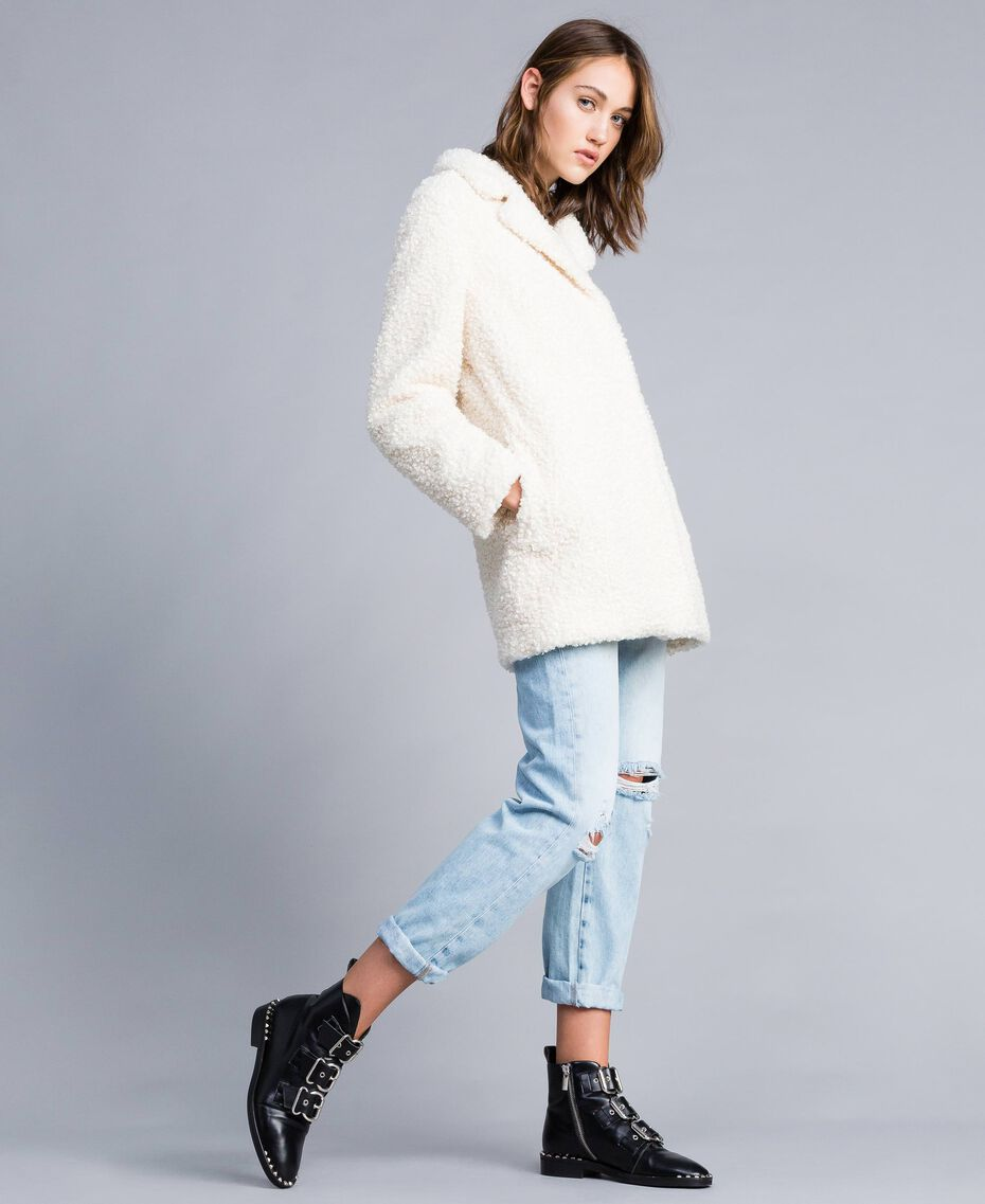 Manteau en faux agneau Nacre Femme JA82KN-02