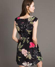 """Robe en crêpe de Chine à imprimé floral Imprimé Fleur Beige """"Coquillage"""" Total Femme 191MT2211-03"""