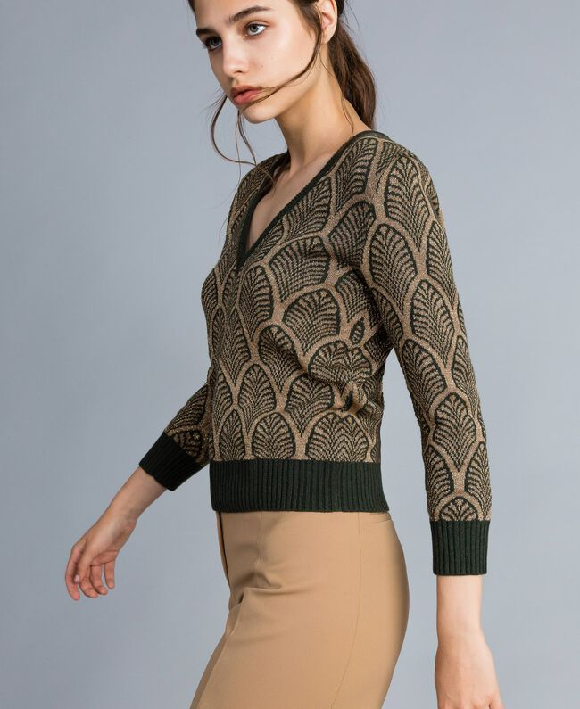 Pullover aus Wollmischung und Lurex in Jacquardverarbeitung Jacquard Waldgrün / Goldlurex Frau TA8323-03