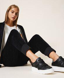 Sneakers aus Lederimitat mit Logo Schwarz Frau 202MCT010-0S