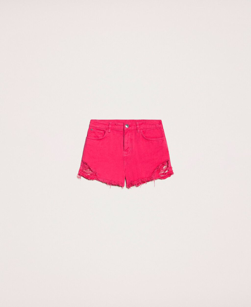 Shorts with rips and raw cut