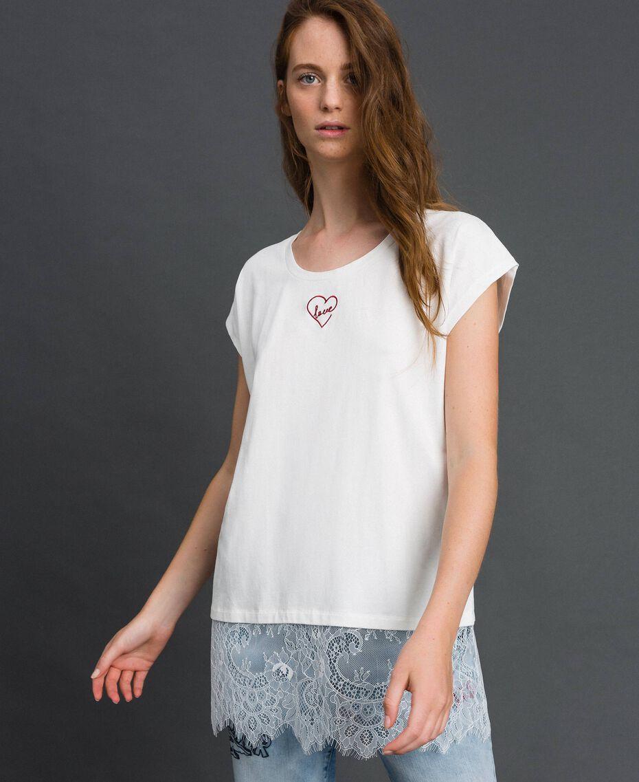 T-shirt avec broderie cœur et dentelle dans le bas Lys Femme 192MP2431-01