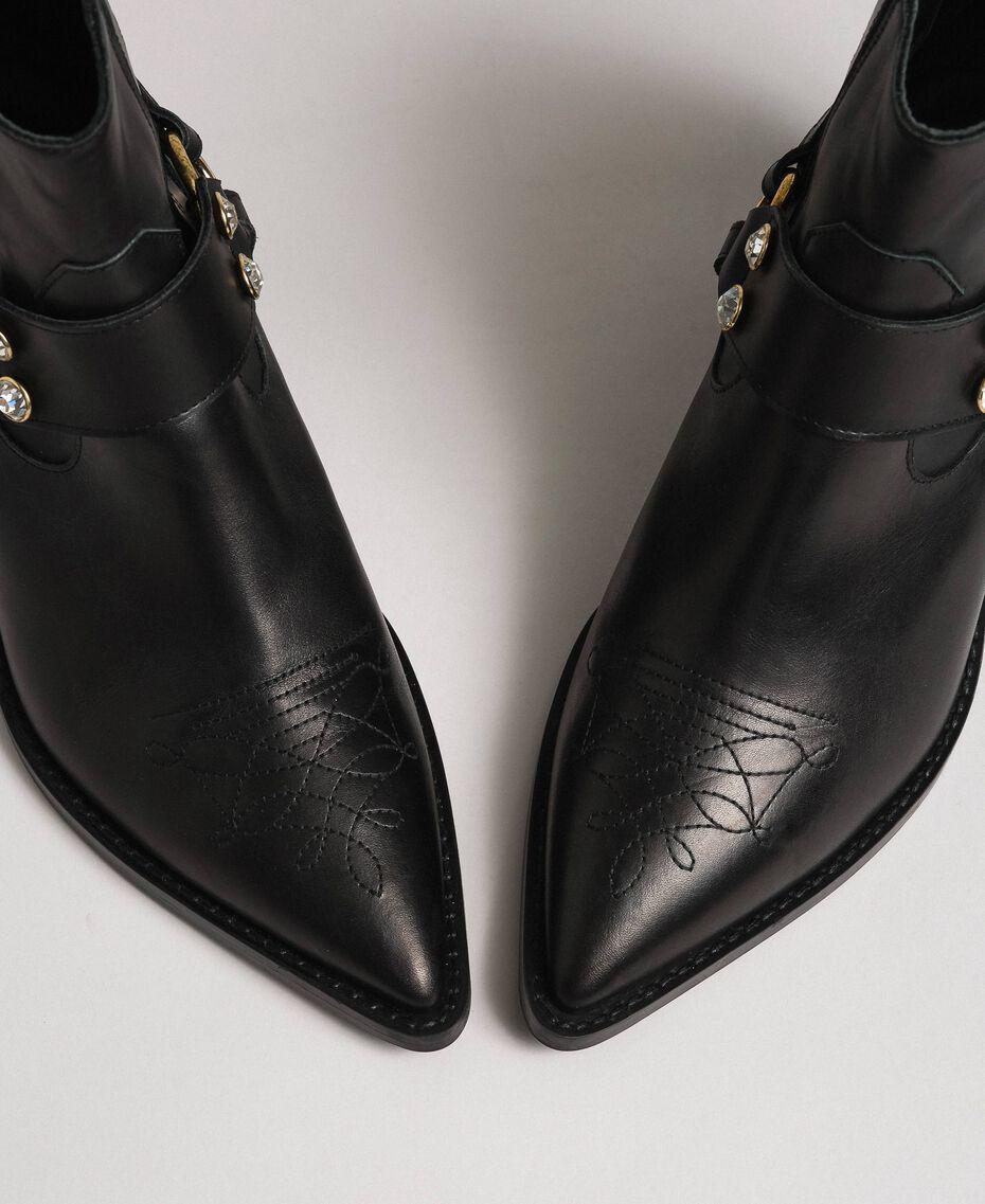 Boots à talons en cuir Noir Femme 192TCP10G-02