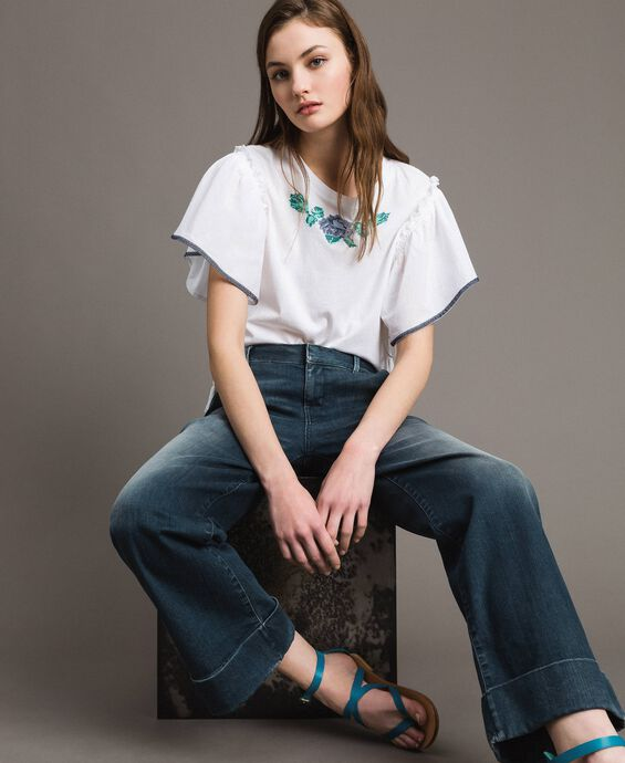 Chino-Jeans mit Fade-out-Waschung