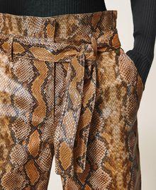 Pantalon en similicuir animalier Imprimé Serpent Noisette / Tabac Femme 202TT2225-04