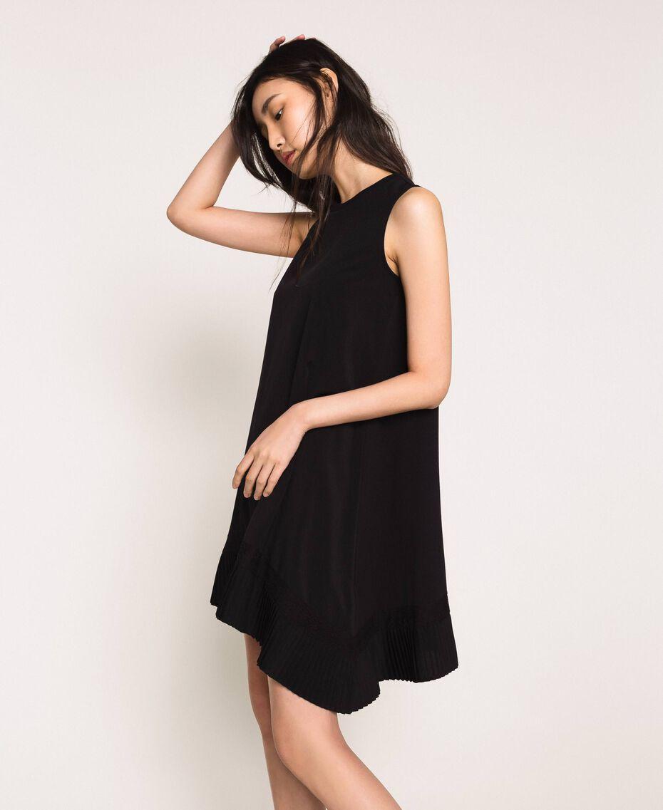 Платье с жоржетом и кружевом шантильи Черный женщина 201MP235B-02