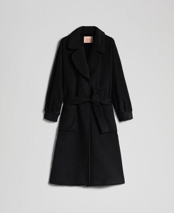 Длинное пальто из сукна