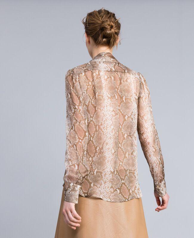 Camicia in chiffon di seta animalier Stampa Camel Snake Donna PA829D-04