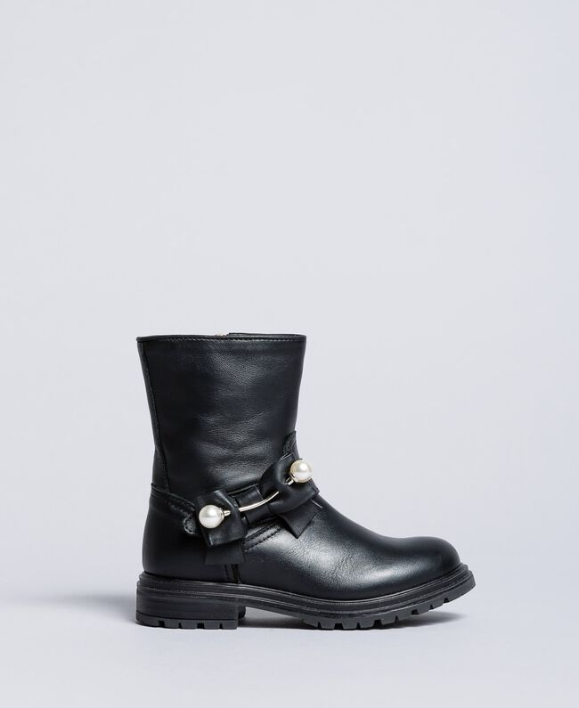 Leather ankle boots with pearls Black Child HA86AC-01