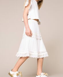 Creponne skirt with broderie anglaise Off White Child 201GJ2462-02