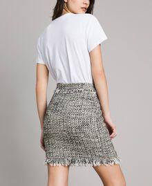 """Minijupe en tweed avec franges Bicolore Bouclé Blanc """"Neige"""" / Noir Femme 191TP2527-03"""